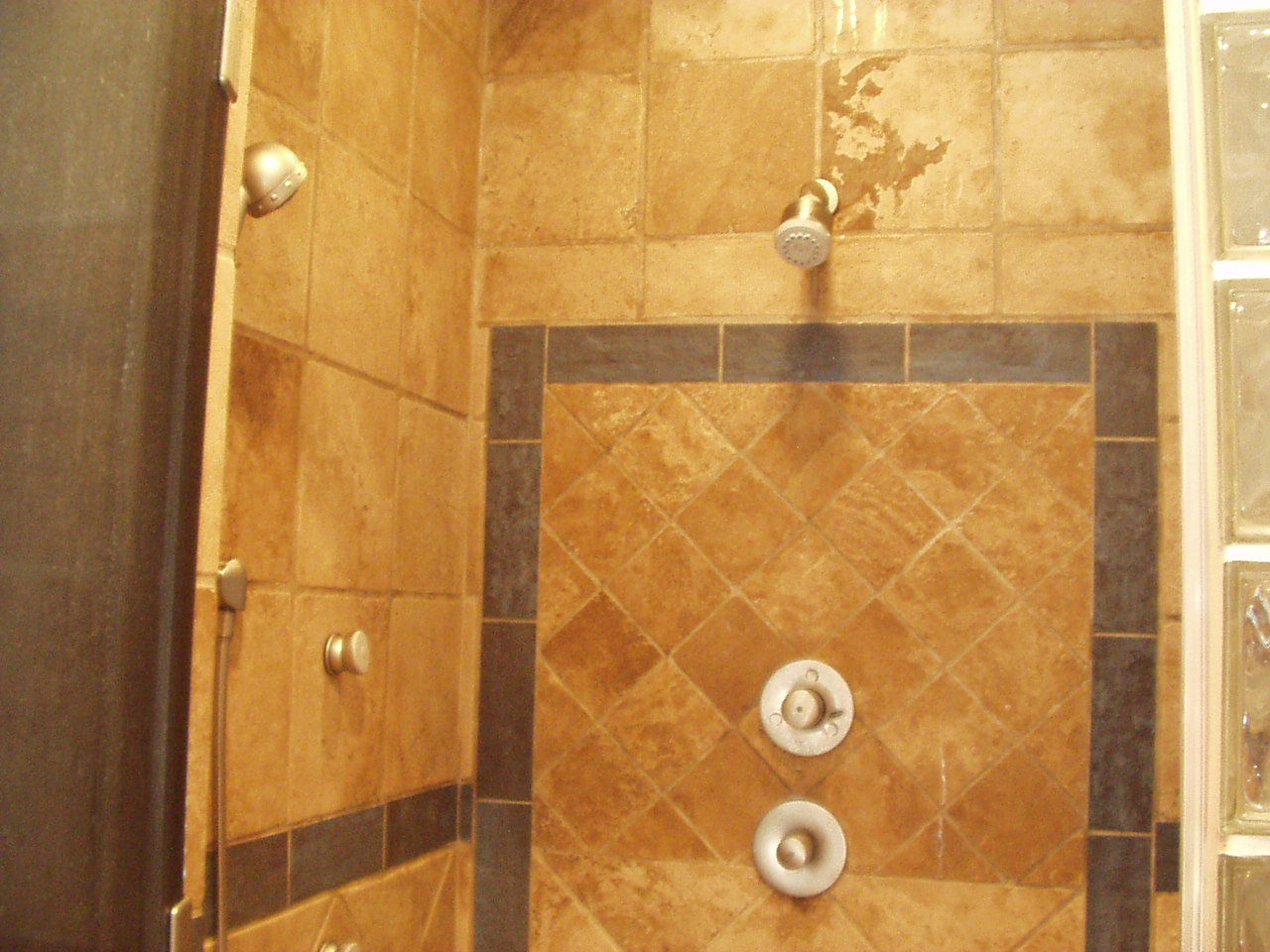 Travertine shower dreamweaver design construction for Bathroom travertine tile designs