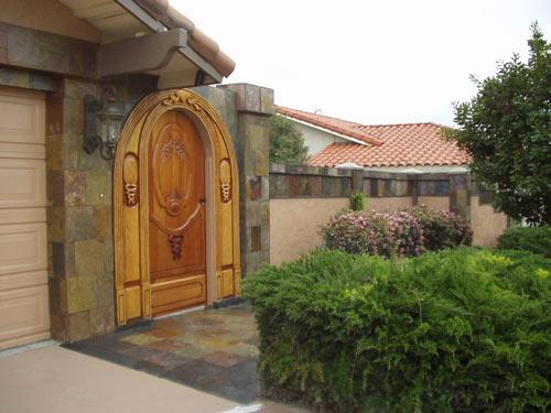 Wooden front gate entry la jolla dreamweaver design for Wooden front gate designs